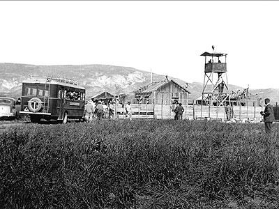 המגדל, הצריפים והחומה בסוף היום הראשון לעלייה על הקרקע